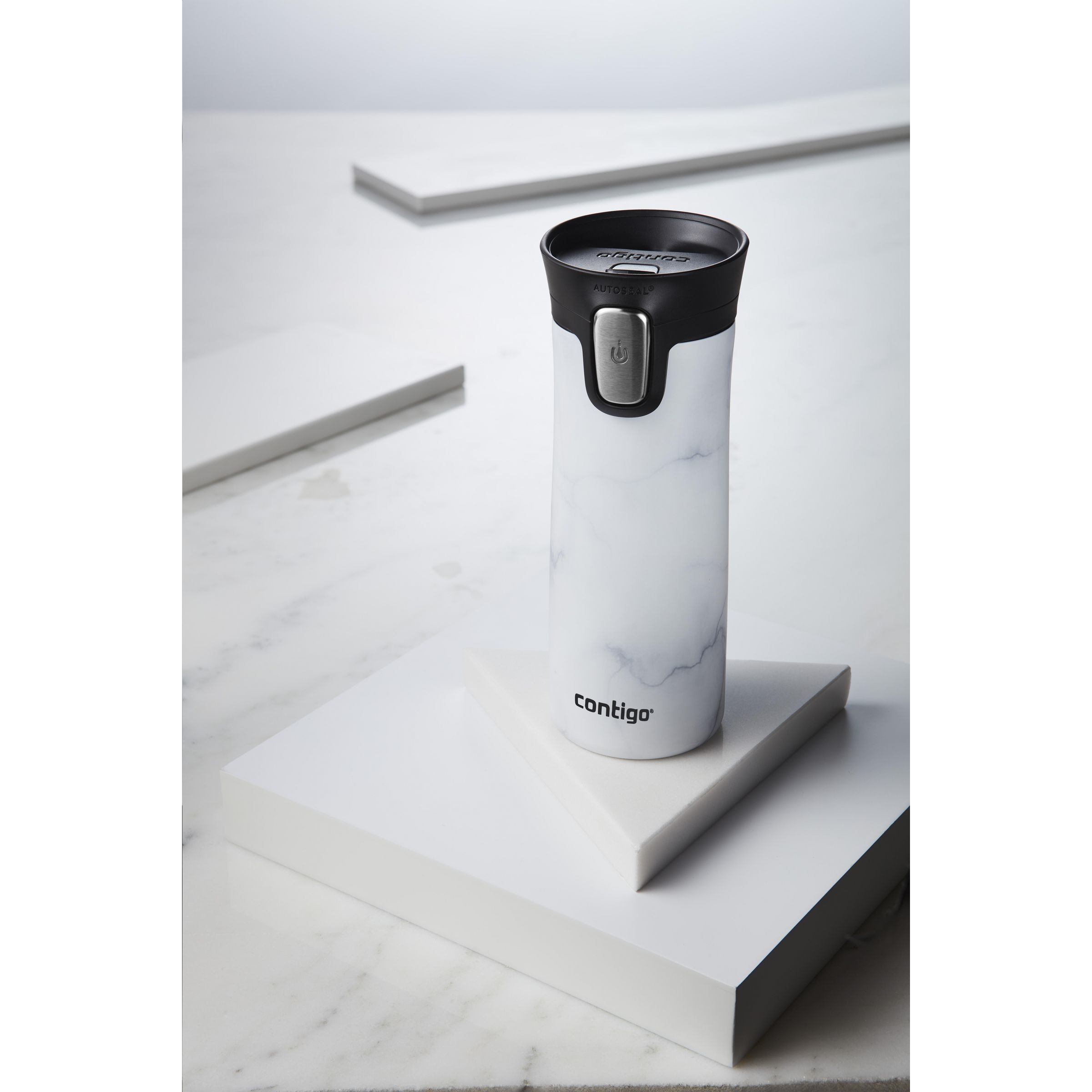 Contigo® Pinnacle Couture thermos