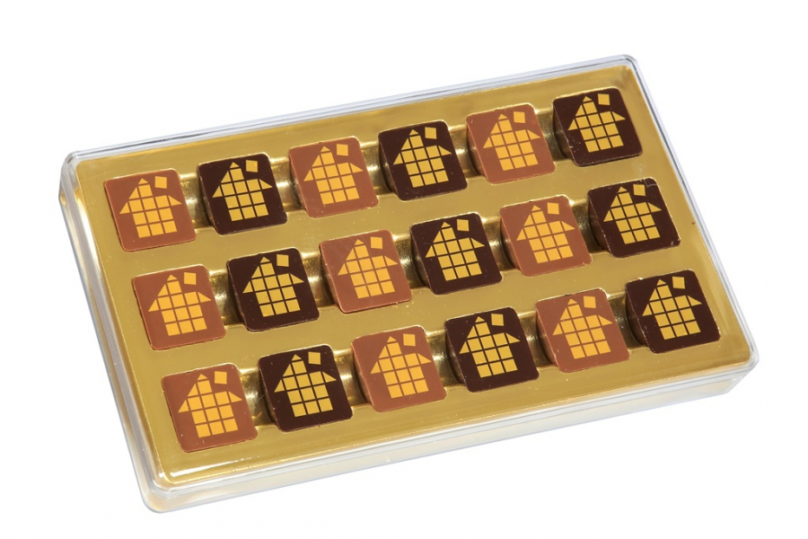 Boite transparente 18 chocolats