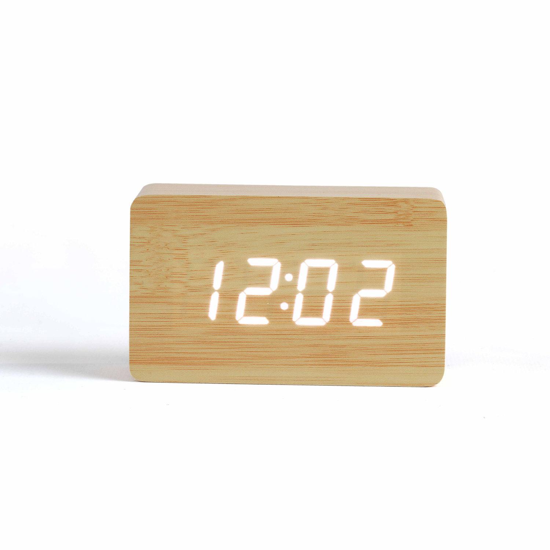 Horloge digitale aspect bois