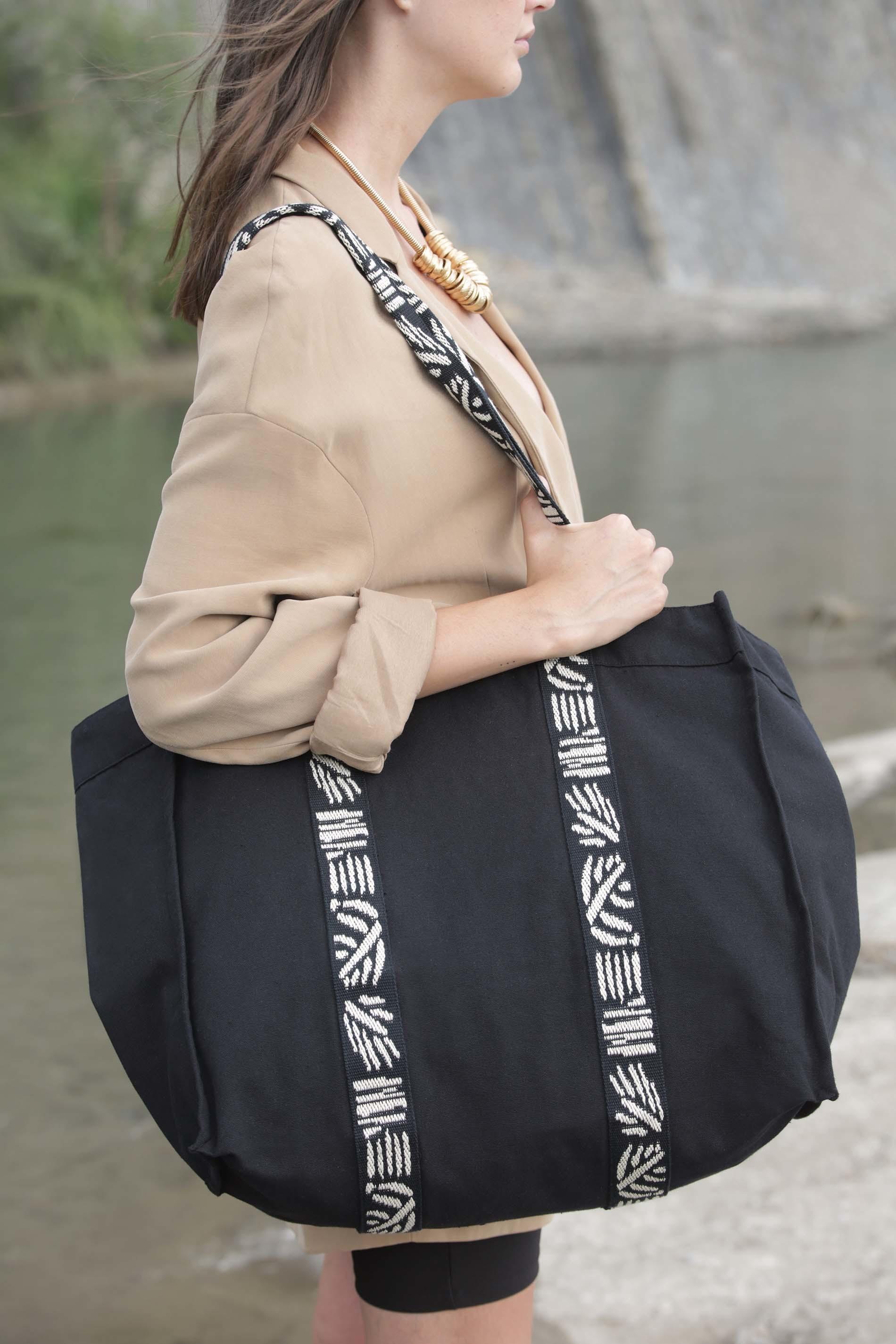 Grand sac shopping à soufflet recyclé avec anses à motifs ethniques